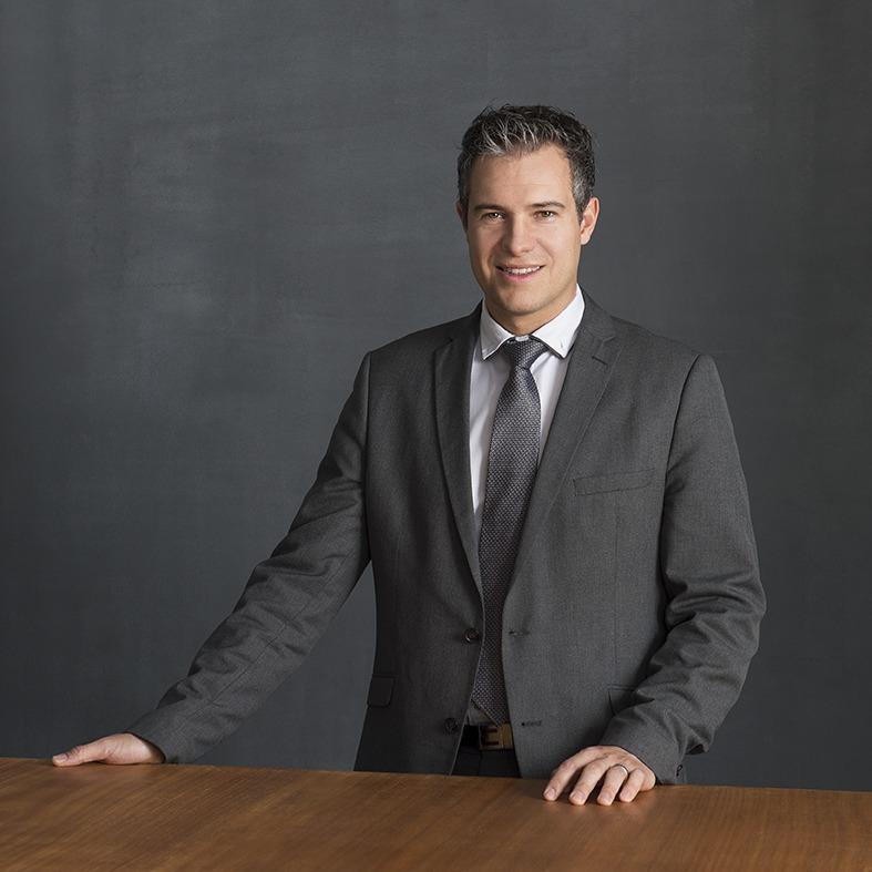 Me Julien Schlaeppi